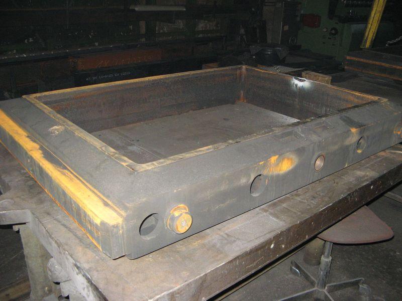 Gießerei-Formkasten - Verschleißflächen aufgeschweißt